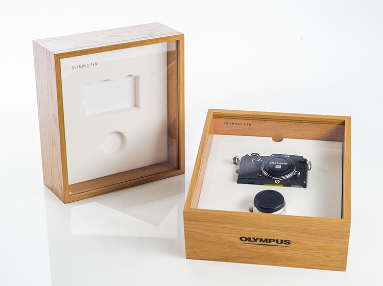 Olympus packaging for cameras