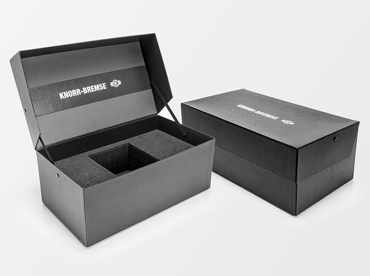 Knorr-Bremse product boxes and packaging