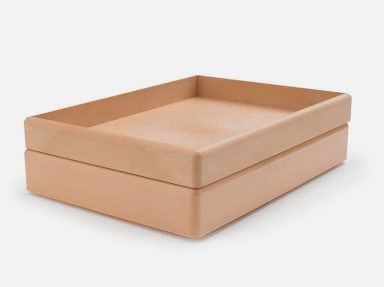 Stackable trays, injection moulded 3903 / 3904